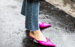 stuart weitzman monogram shoe clips 1