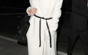what was she wearing rosie huntington whiteley robe coat 1 1