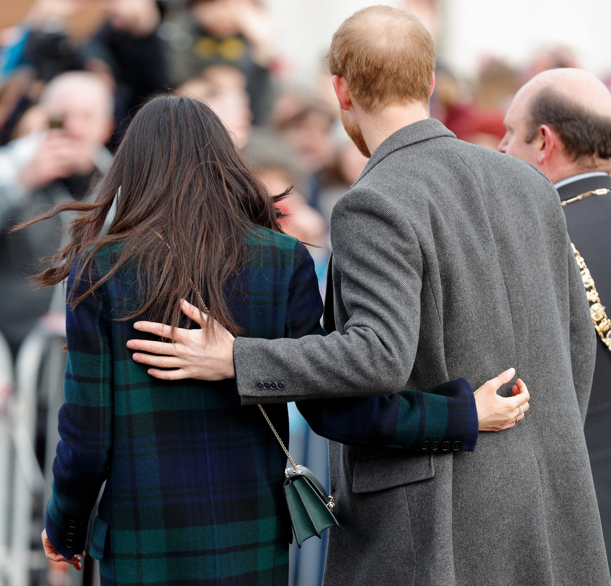meghan markle and prince harry have broken another royal rule with their choice of wedding cake 1