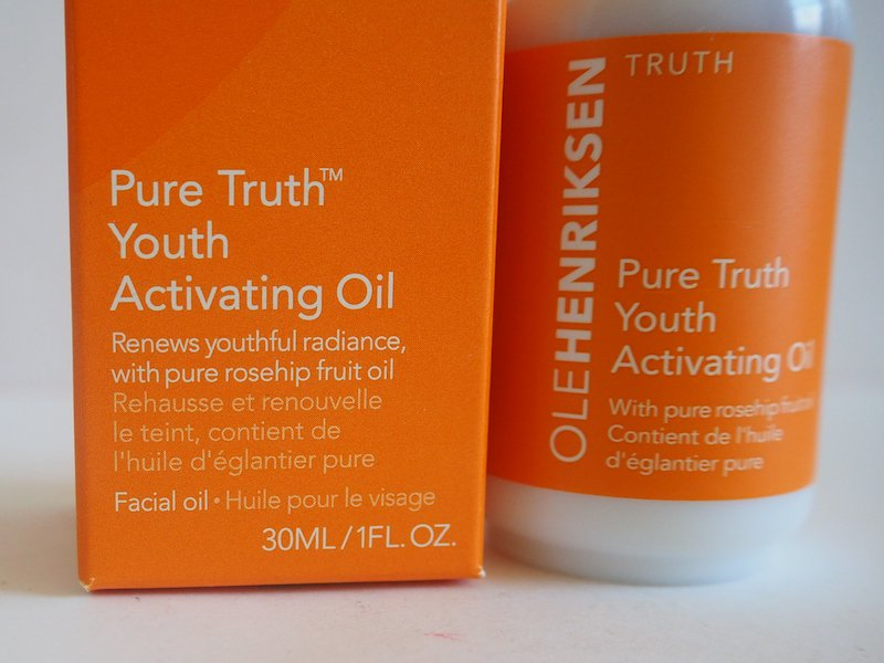 Ole Henriksen Pure Truth Youth Activating Oil details on the packaging
