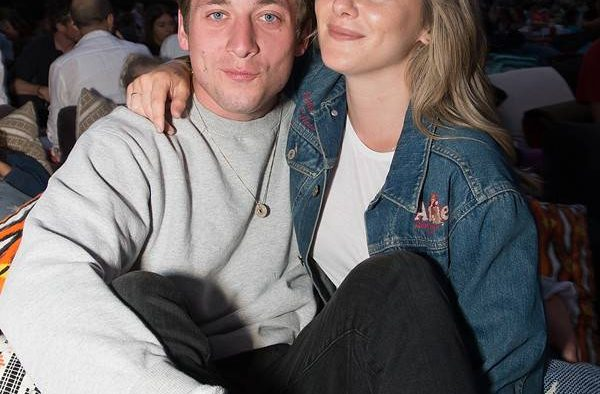 rs x Addison Timlin and Jeremy Allen pregnant