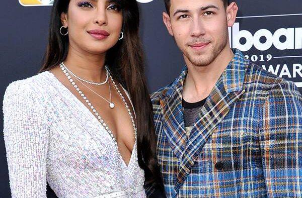 rs x .nick jonas priyanka chopra billboard music awards.ct.