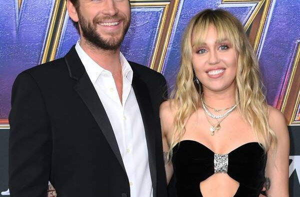 rs x miley cyrus chris hemsworth avengers premiere me