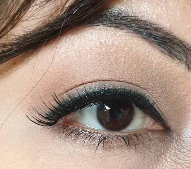 Eylure Lashes Lengthening Starter Kit No 118 on eyes
