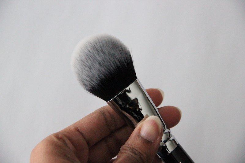 Zoeva Petit Face Finish Brush 111 bristles