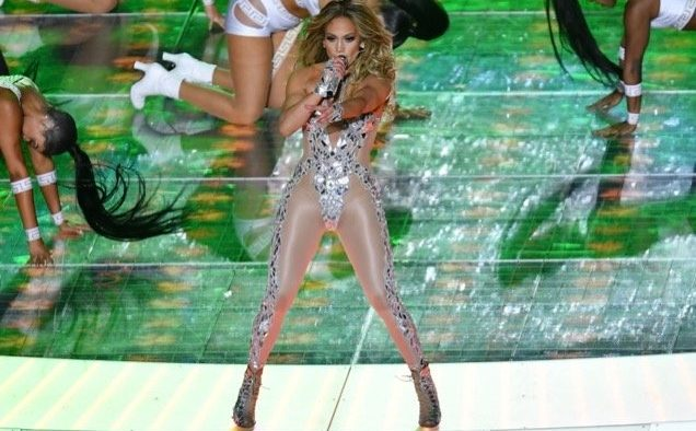 Jennifer Lopez Super Bowl landscape cropped